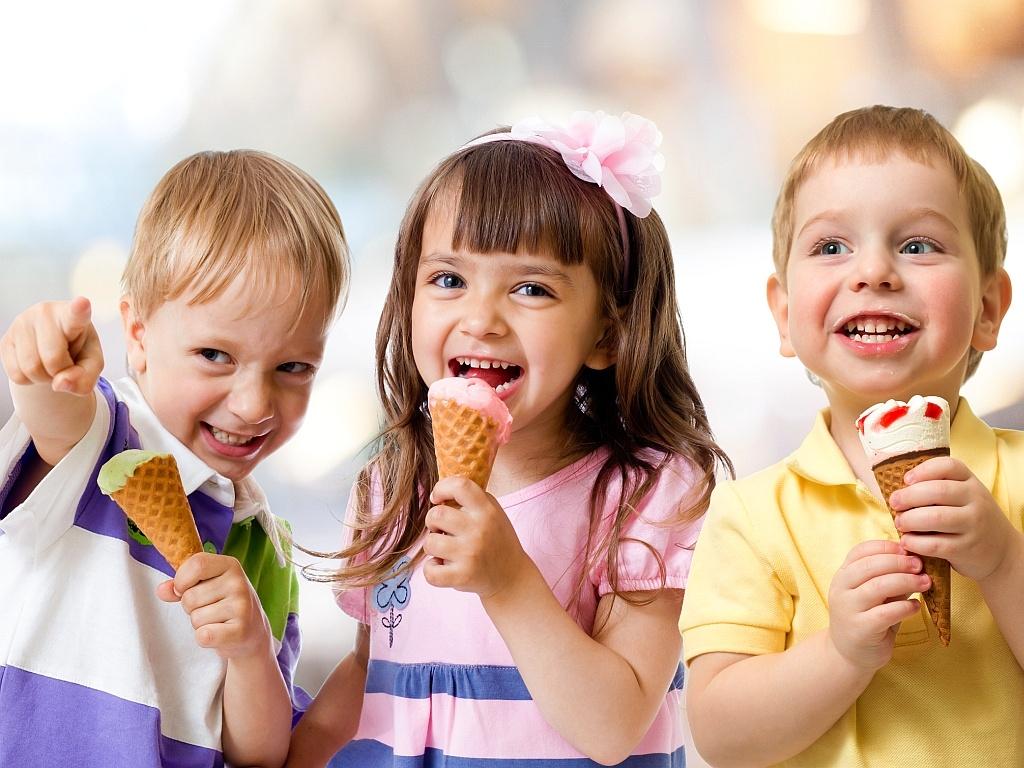 дети-с-мороженым