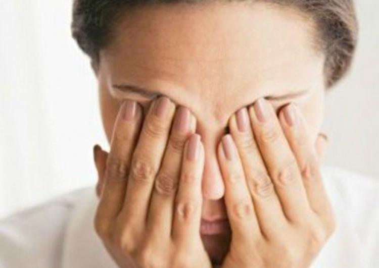dvoitsya-v-glazah-prosto-ustalost-ili-trevozhnyiy-simptom